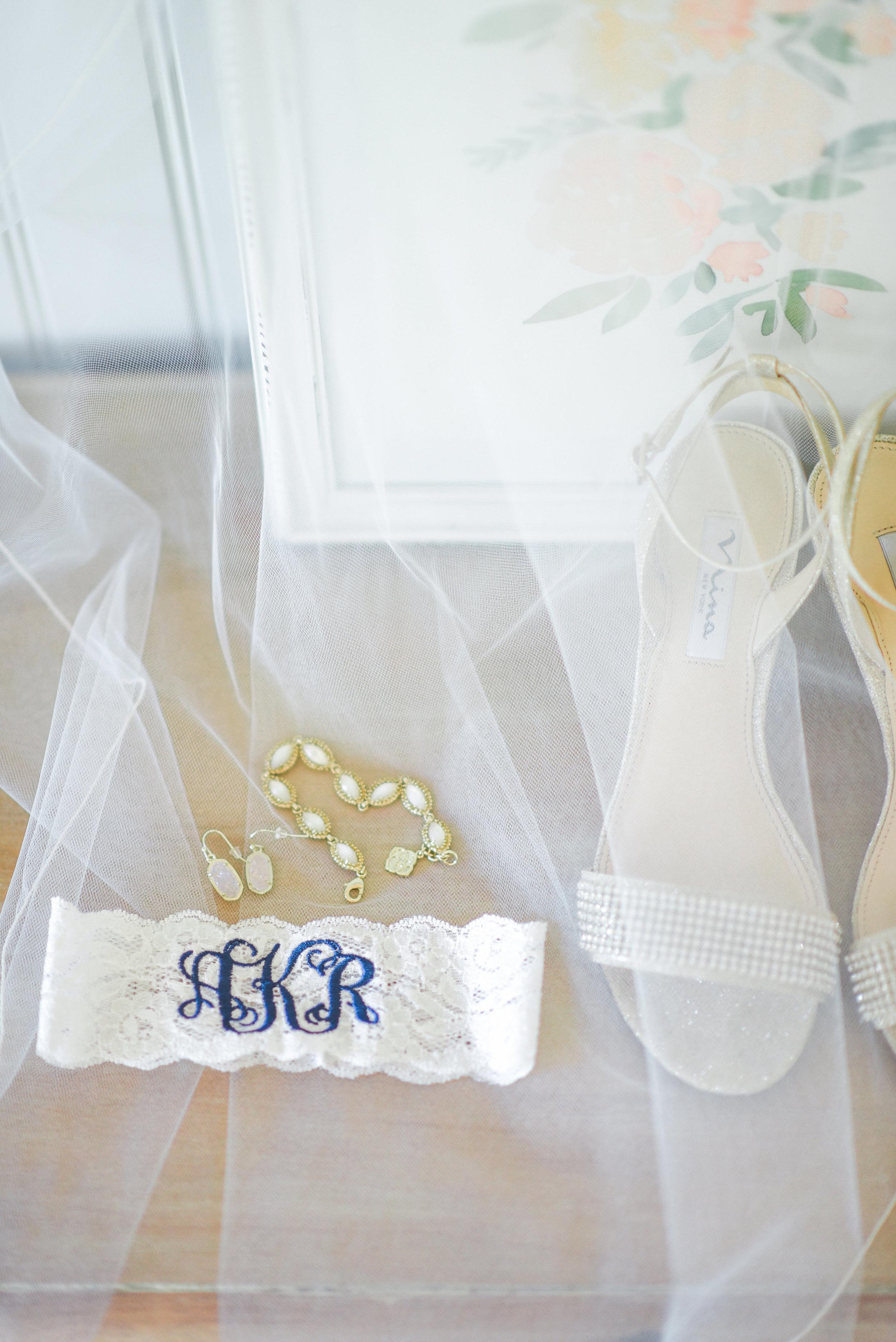 Jake Anna wedding day-pre ceremony-0025.jpg