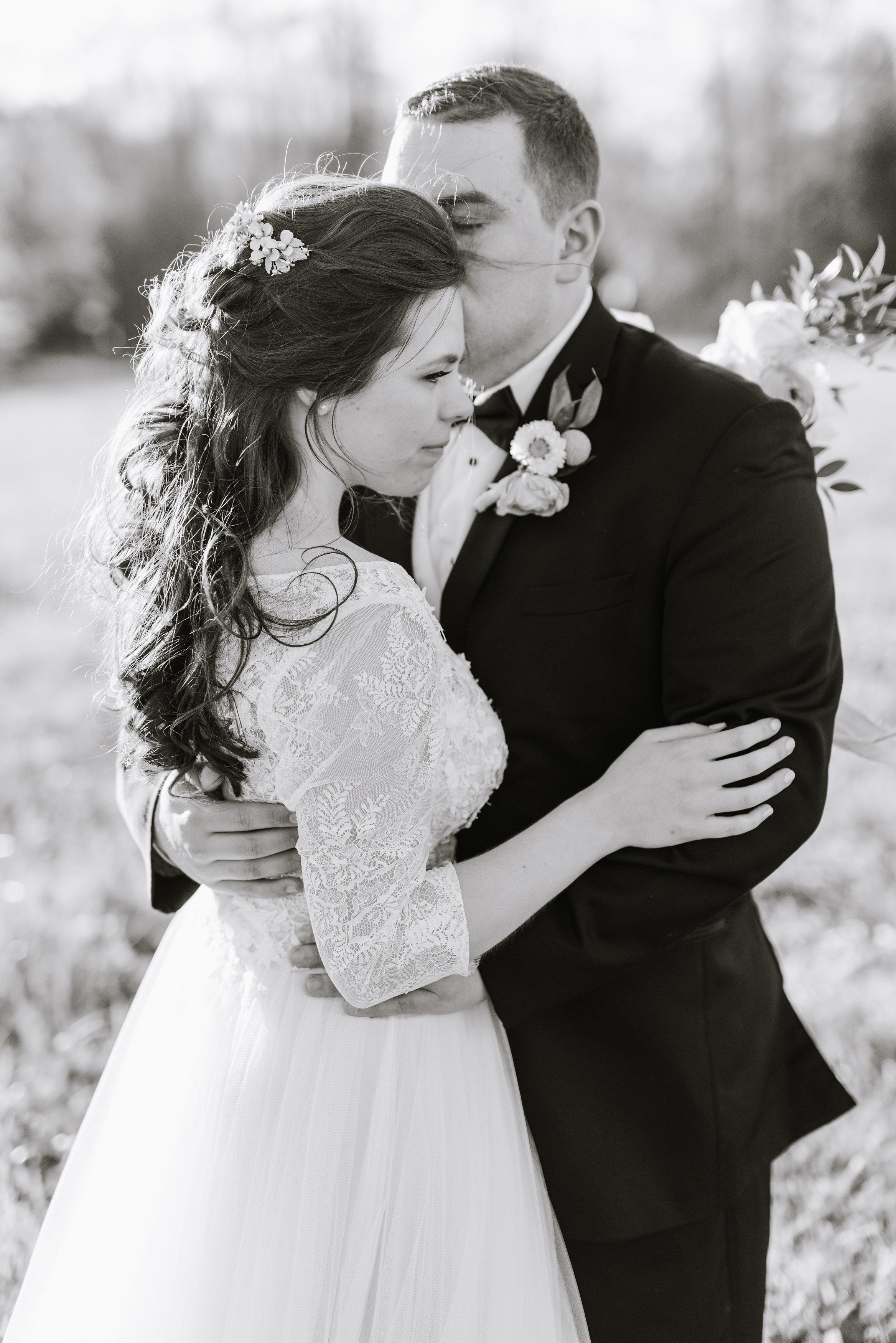 tylar-seth-wedding-761.jpg