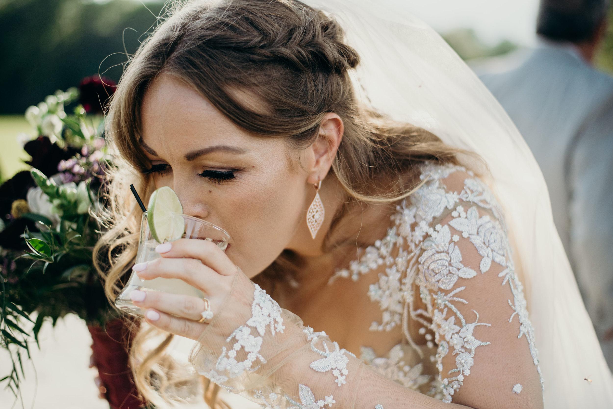 I just love this so much. Lauren is my kind of bride! #bridegoals