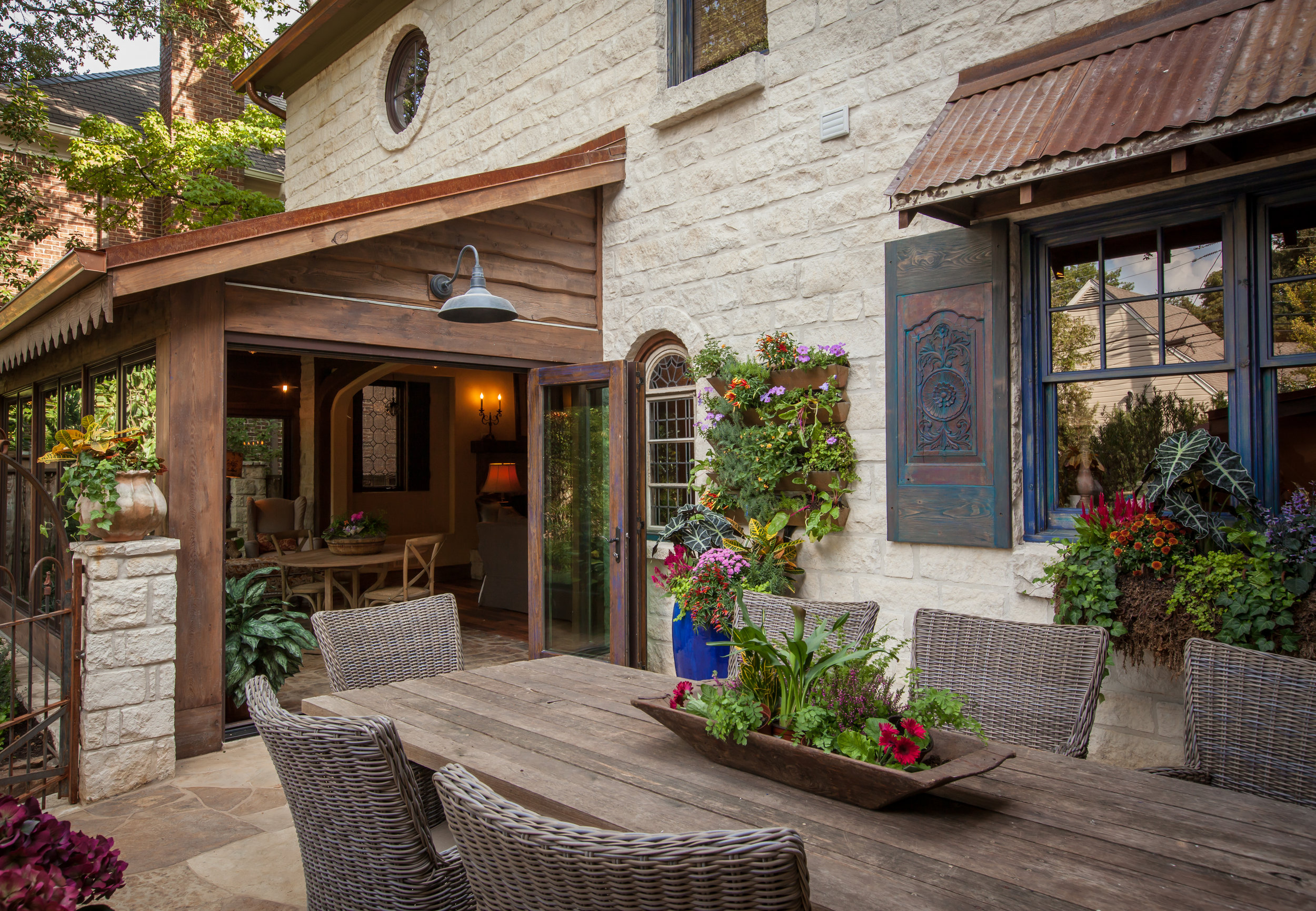 CARUTH- Ext Patio Dining to SR.jpg