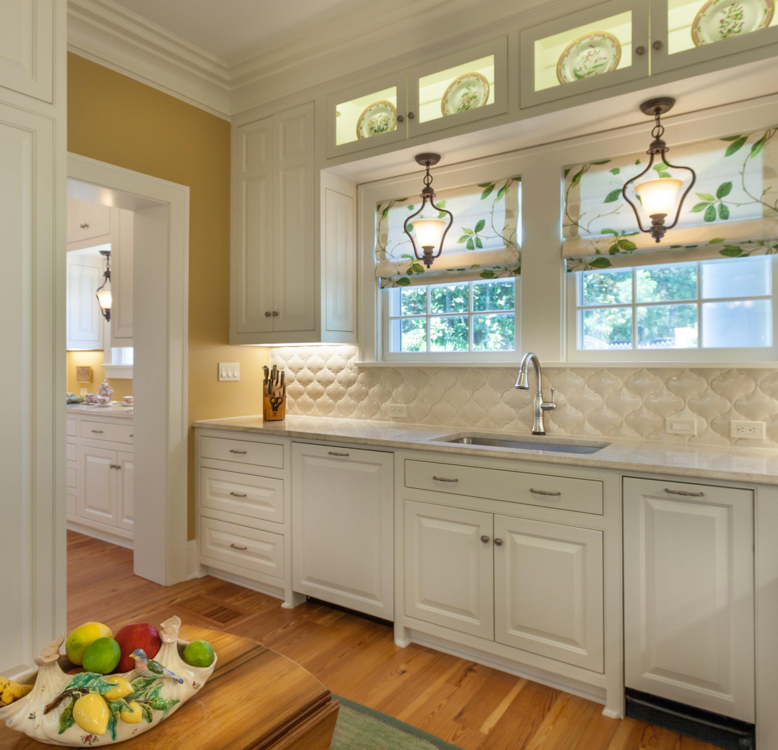 LOUISIANA - Sink Cabinets 2.jpg