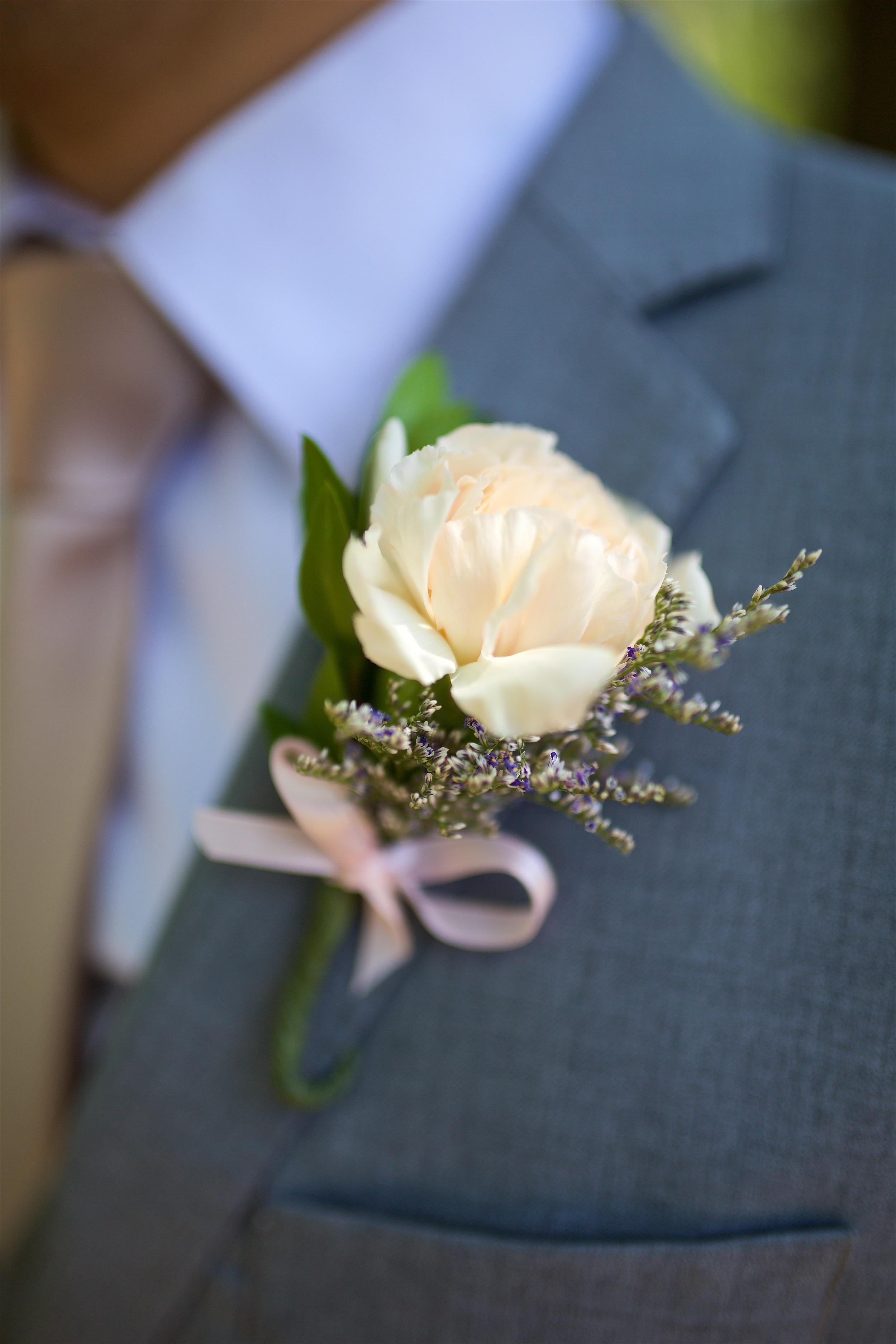 Wedding page carnation bout.jpg