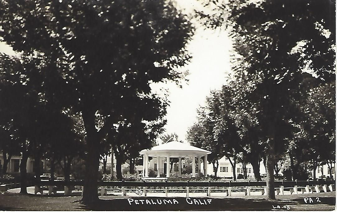 Gazebo with benches.jpg