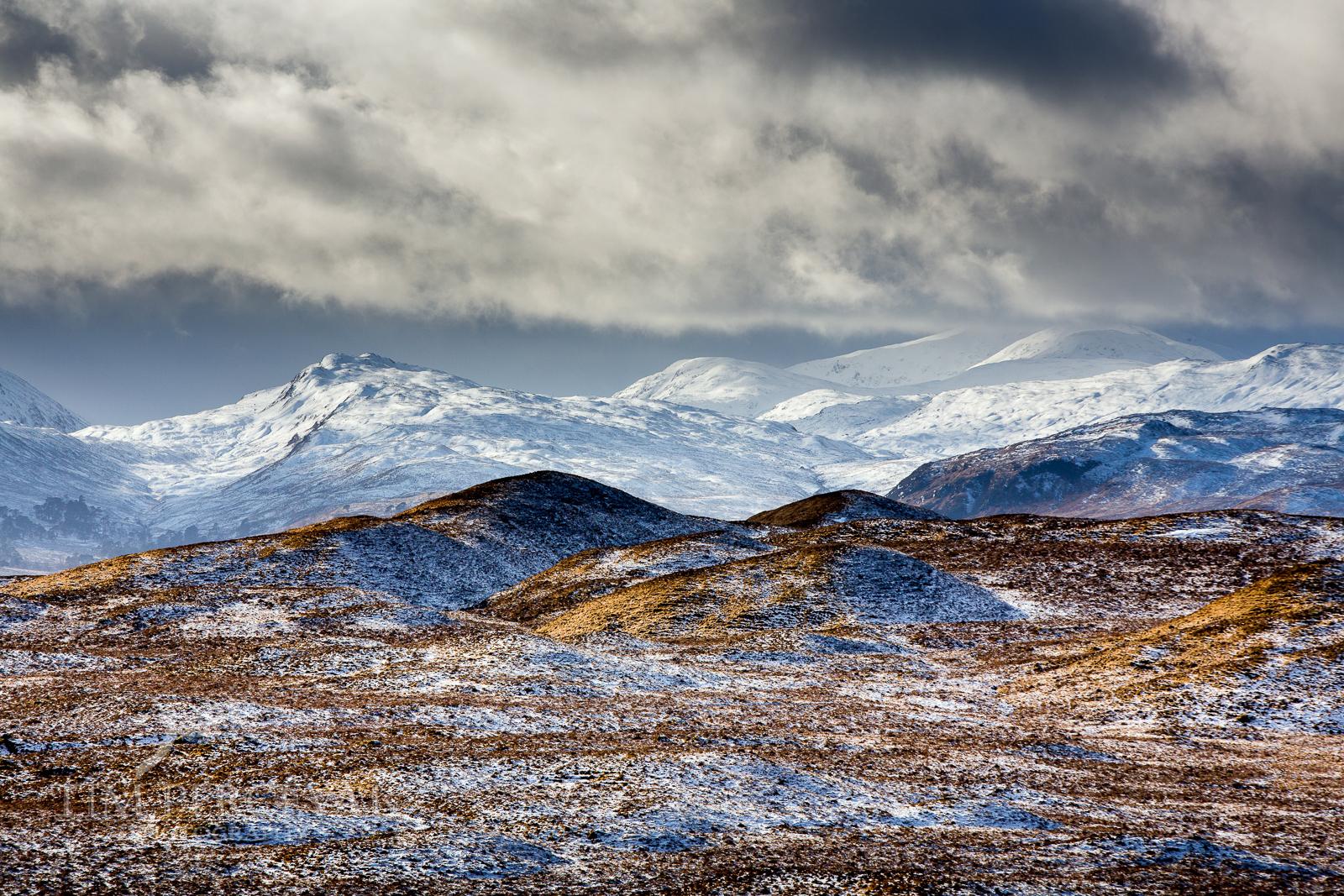 Stob Ghabhar Mountain Range