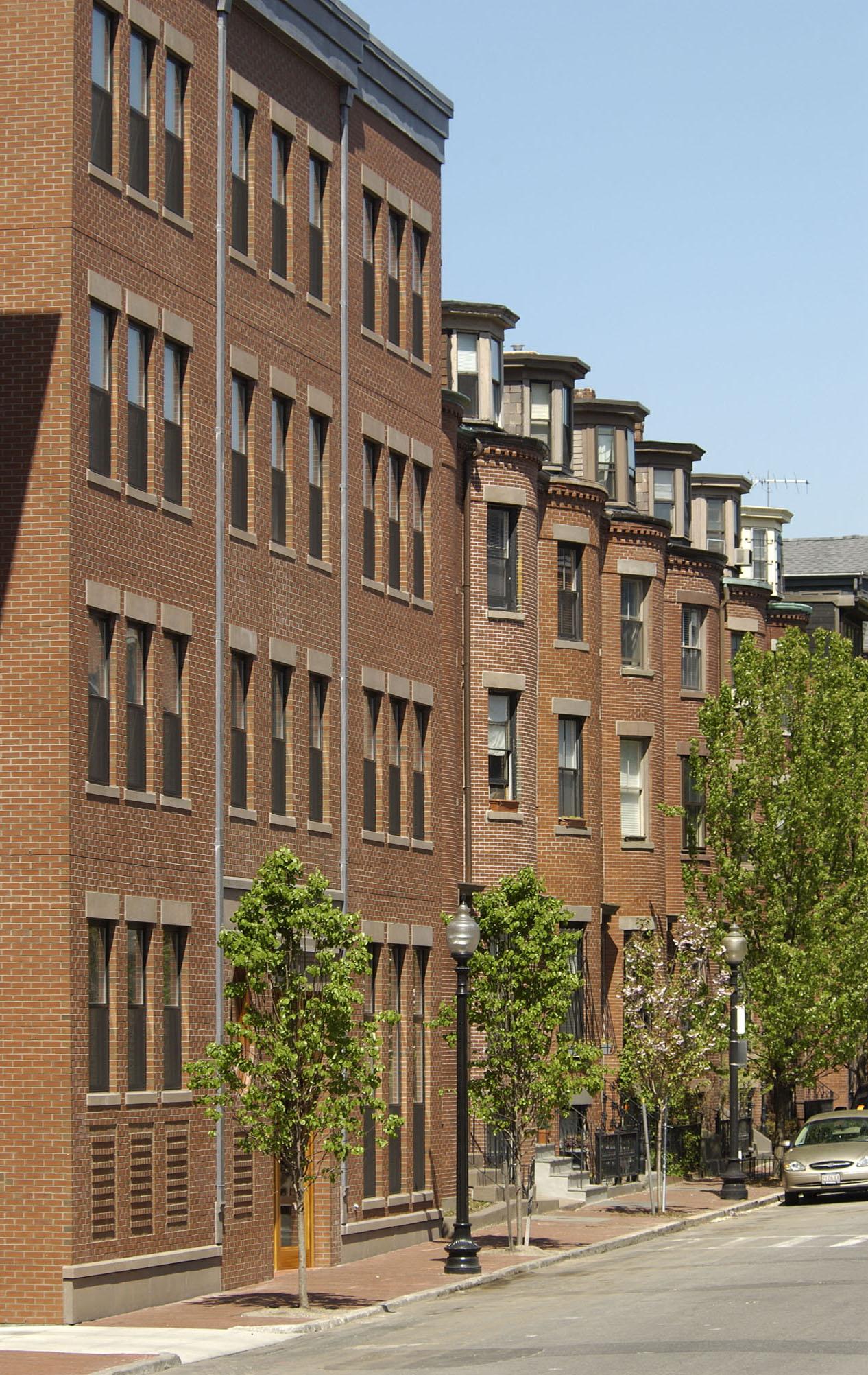 Minot #10 WSpringfield facade.jpg