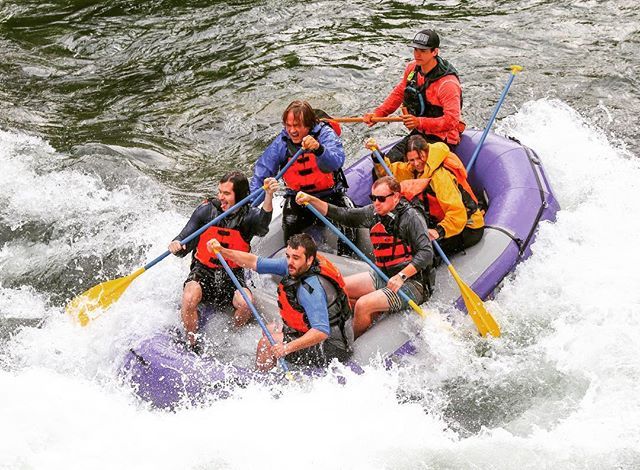 HAPPY WHITEWATER WEDNESDAY 💜 the Snake River is waiting for you and your river crew to come paddle the Small Boats with us! Call our office for availability this week #tagresponsiblykeepjacksonholewild #jacksonhole #whitewaterwednesday #snakeriver #lewisandclark