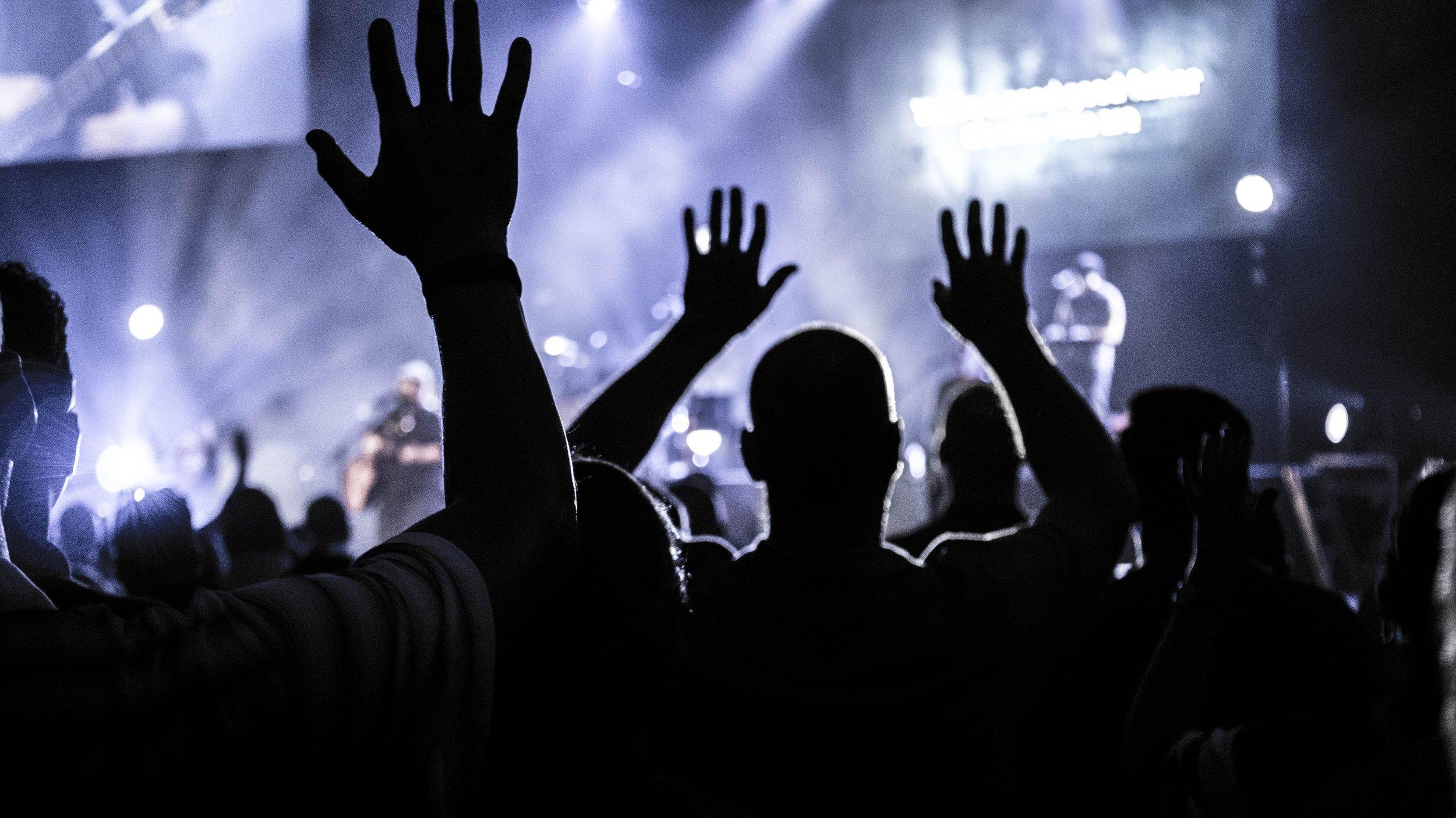 adult-applause-audience-952437.jpg