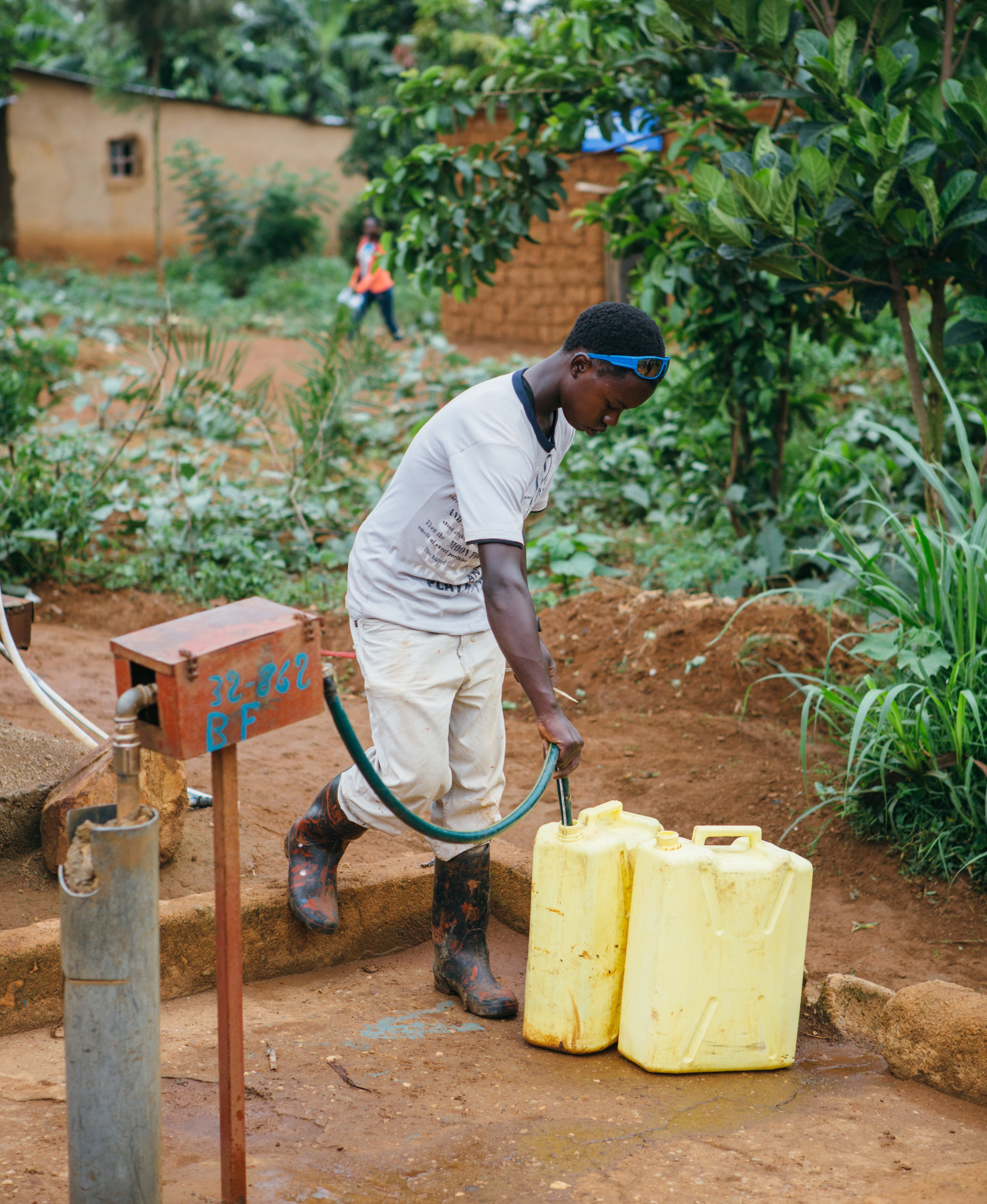 The Osprey Foundation supports Water for People, an organization that promotes the development of high-quality water and sanitation services that are accessible to all. Photo courtesy of Water for People.