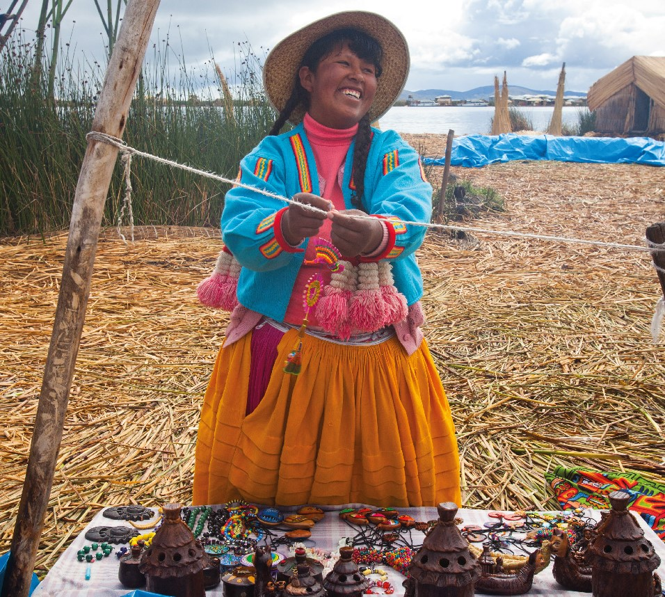 The Osprey Foundation invests in Pro Mujer, an organization that disburses microloans to women in Latin America alongside financial and empowerment training. Photo courtesy of Pro Mujer.