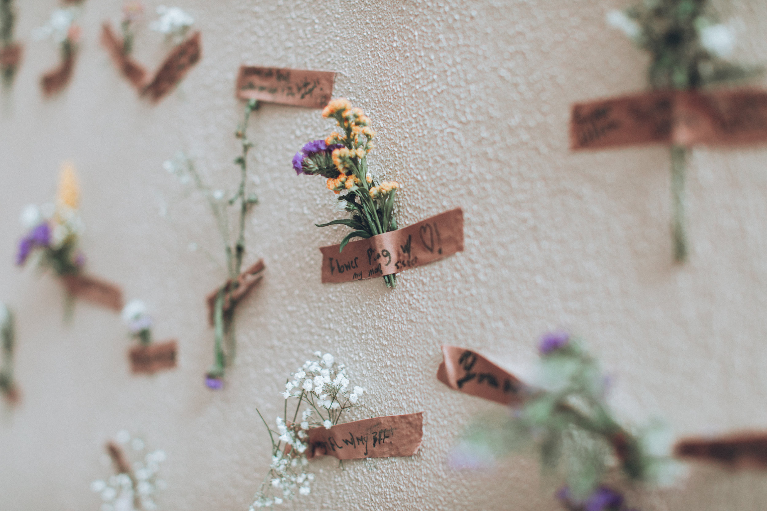 Flora invites guests to consider and reflect upon the meaningful moments of their lives (photo : Her Gonzalez)