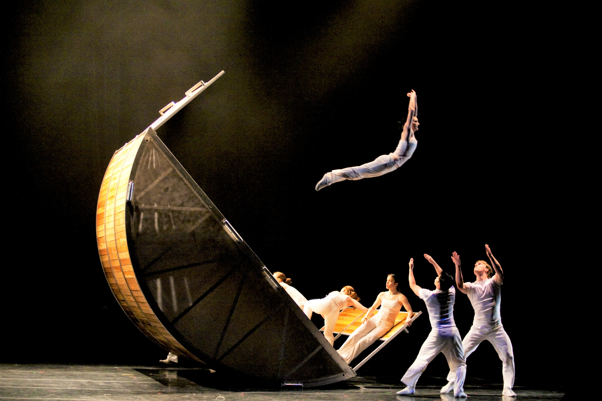 LA-based, Diavolo, will perform on the same stage as Orlando Ballet, adjacent to City Hall.