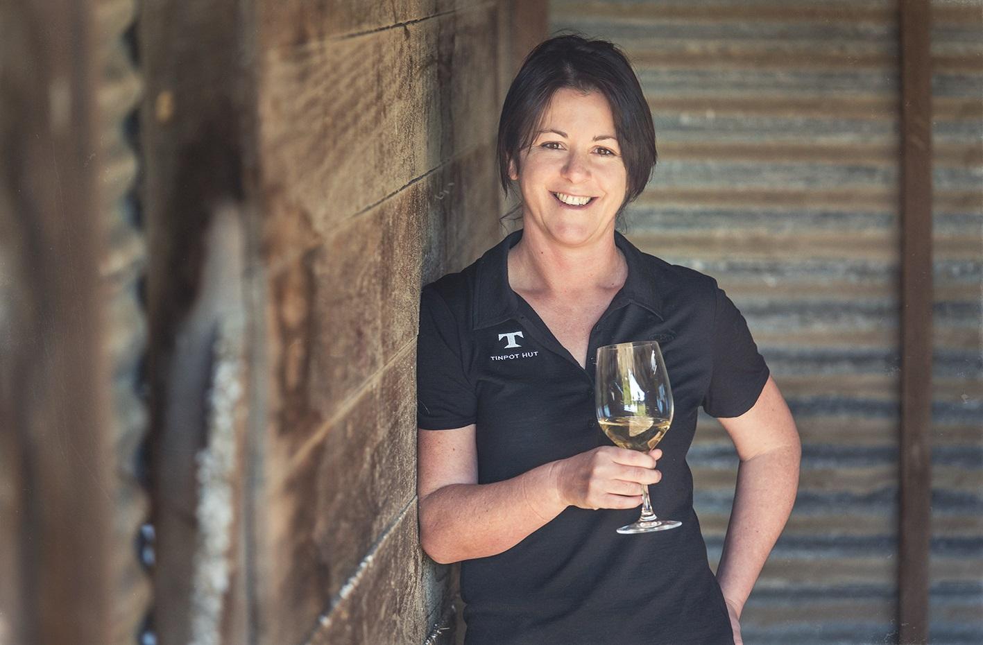 Fiona Turner winemaker 2014 large.jpg