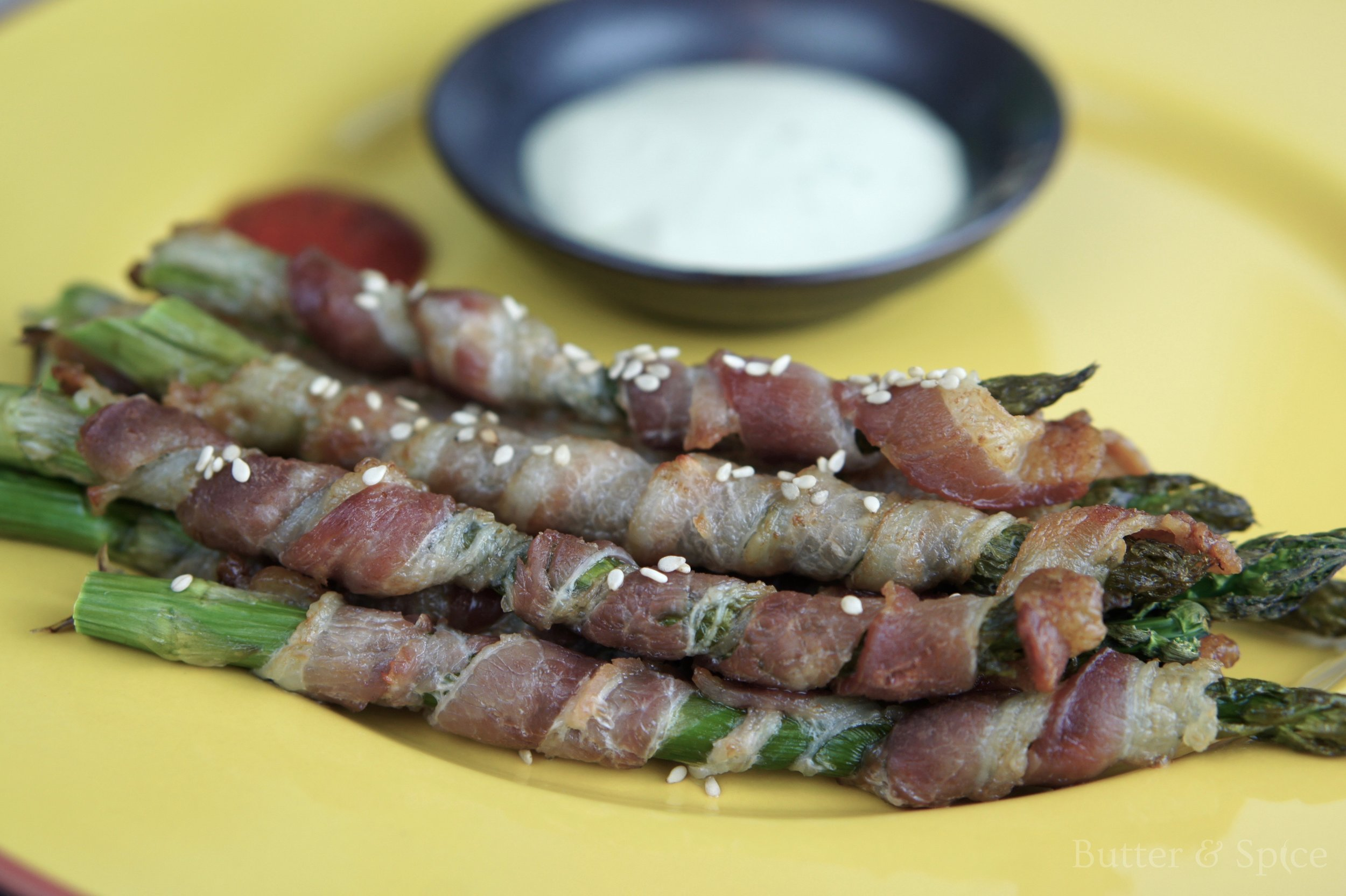 Low Carb Bacon Wrapped Asparagus
