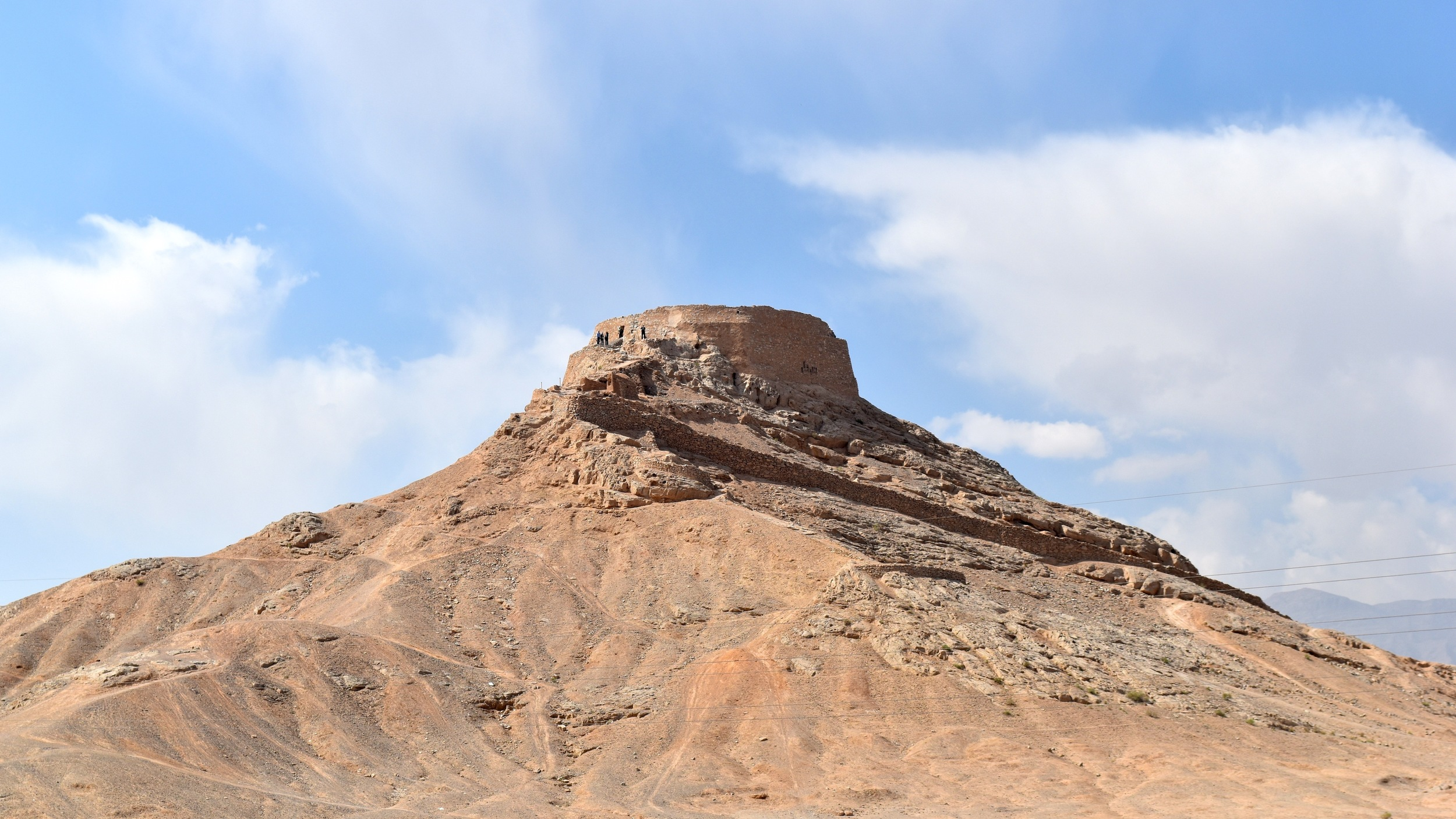 Iran-Yazd-Tower-of-Silence.jpg