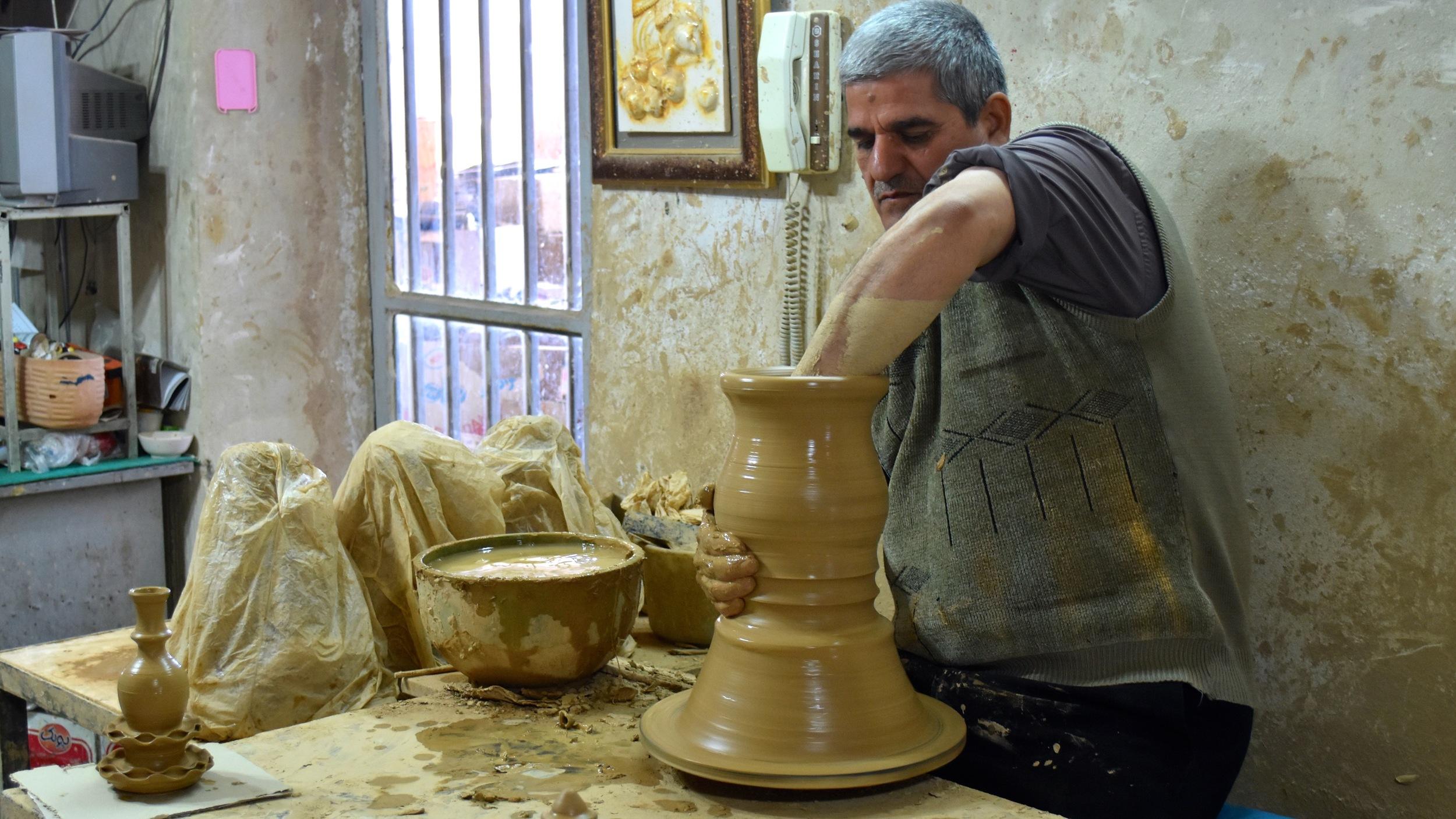 Iran-Meybod-pottery-shop.jpg