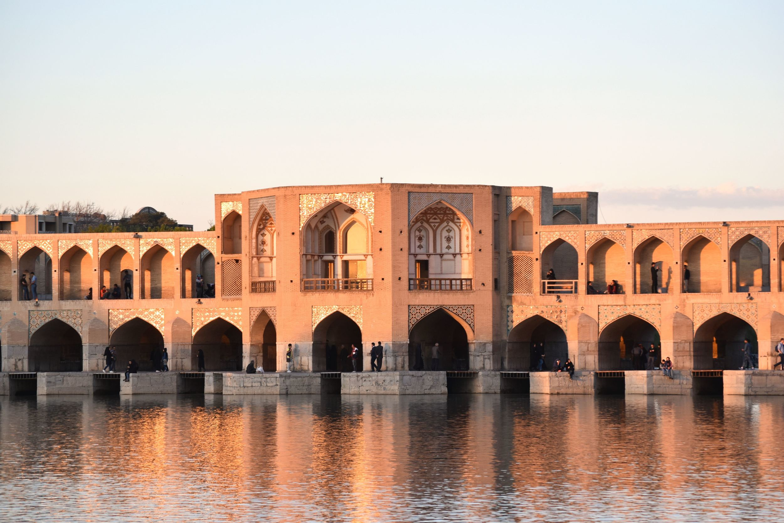 Iran-Isfahan-Khaju-bridge