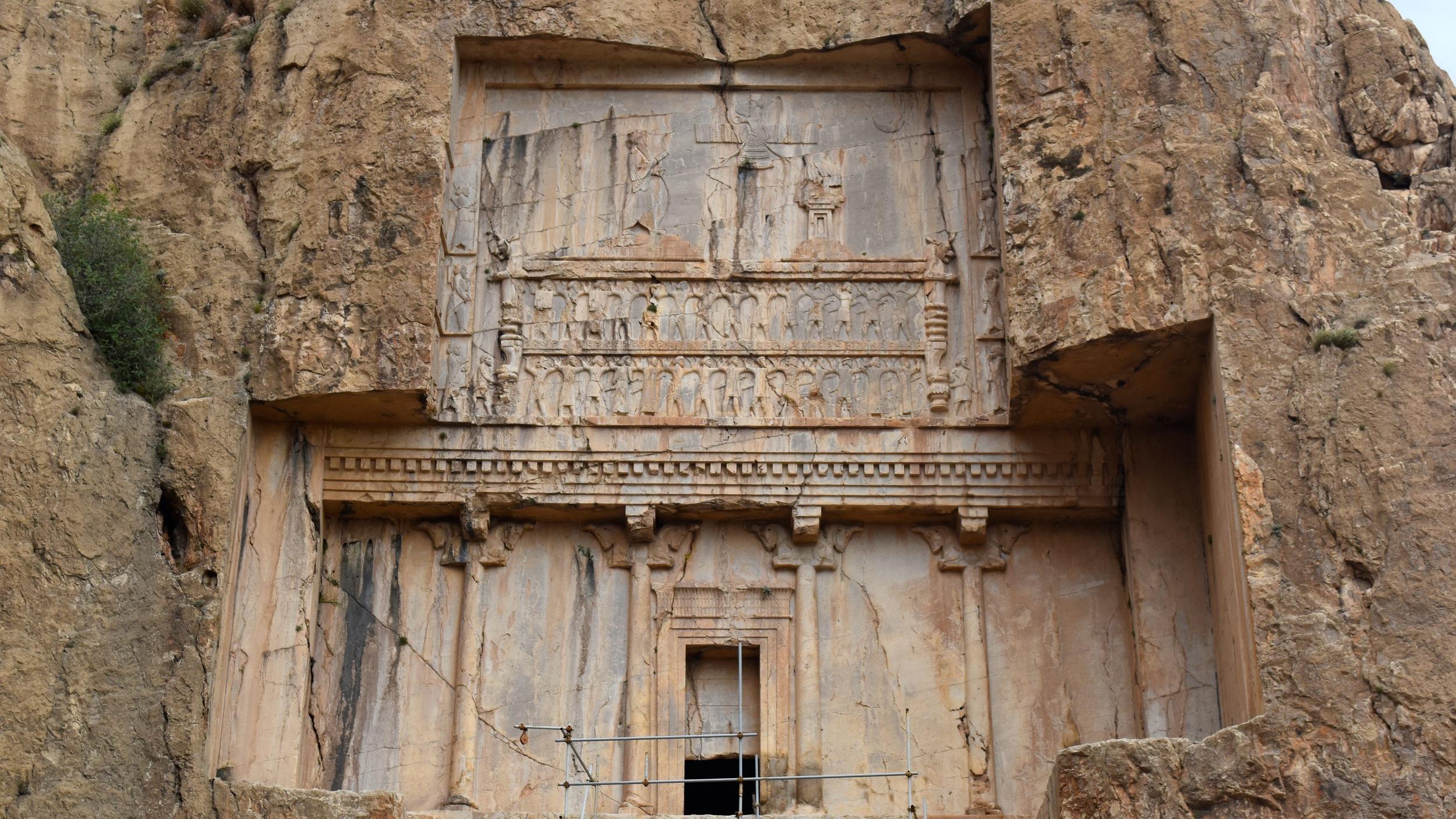 Iran-Necropolis-tomb