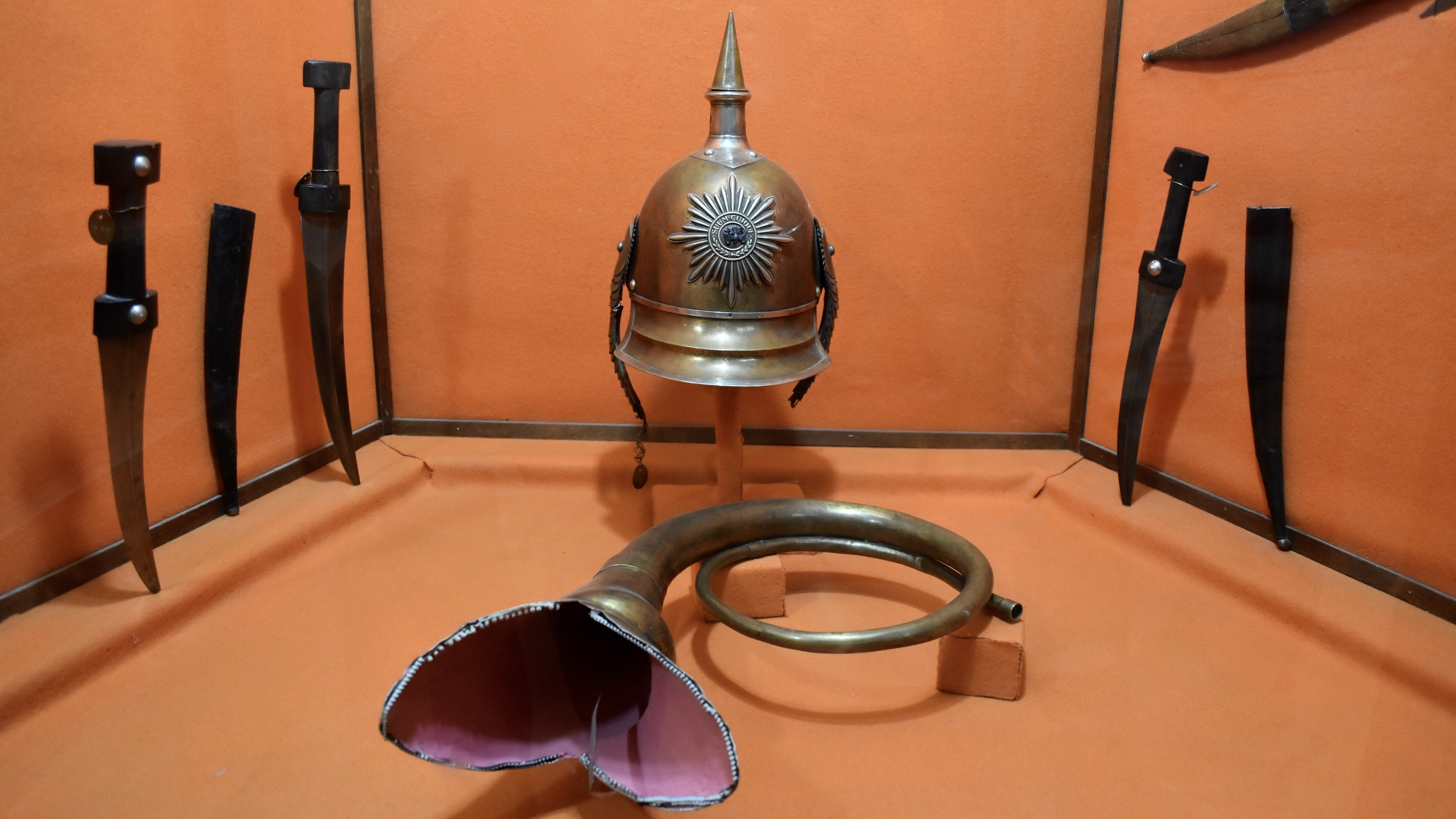 Iran-Shiraz-Afif-Abad-Garden-weapons-museum