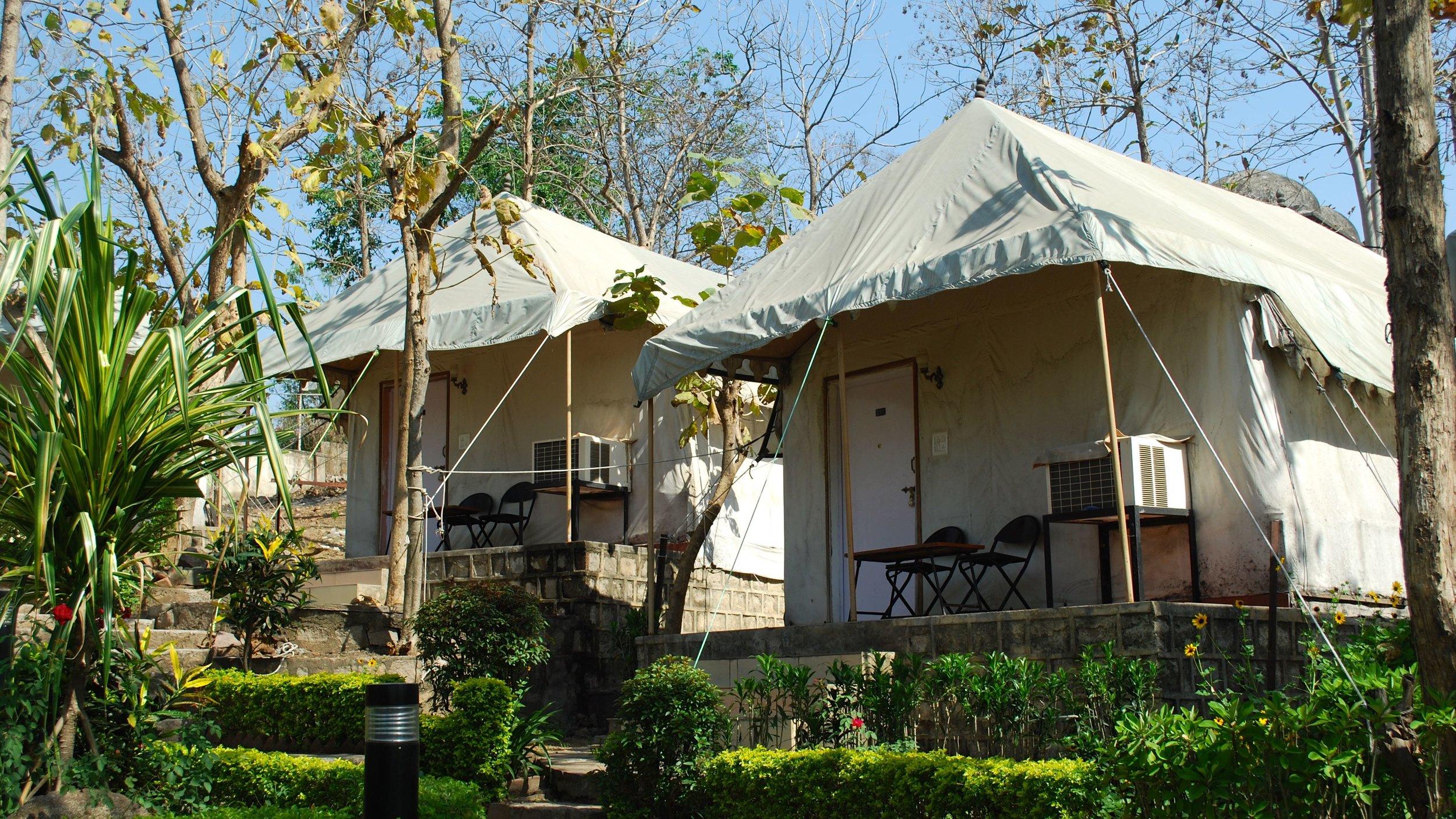 India-Madhya-Pradesh-Orchha-tent.jpg