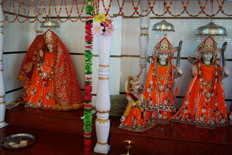 India-Gangtok-temple.jpg