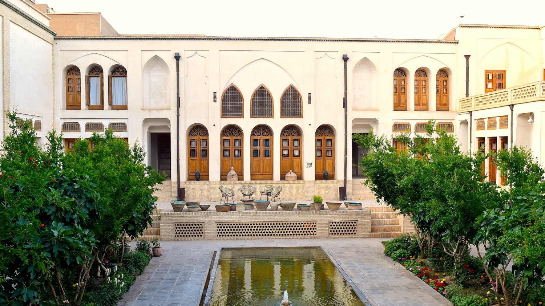 Iran-Kashan-Manouchehri-House-hotel.jpg