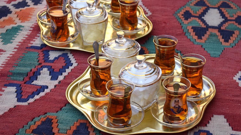 Iran-Abarkooh-tea
