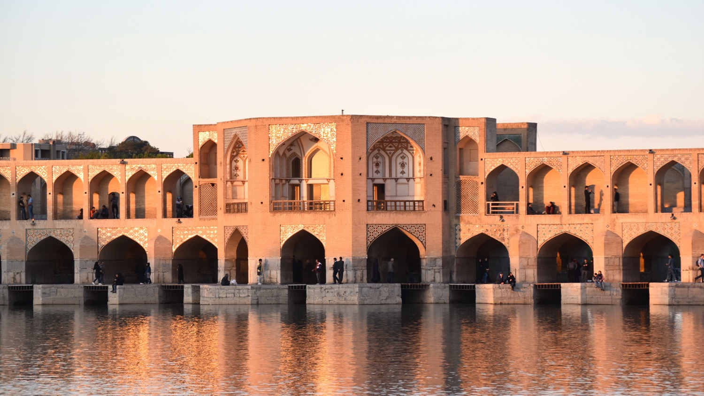 Iran-Isfahan-Khaju-bridge