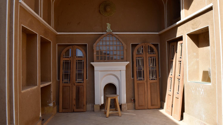 Iran-Kahsan-mansion-restoration