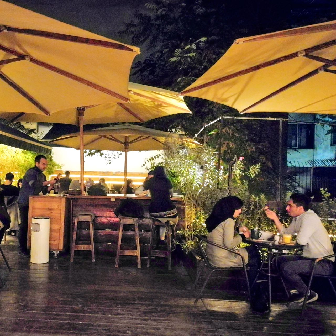 Iran-Tehran-cafe.jpg