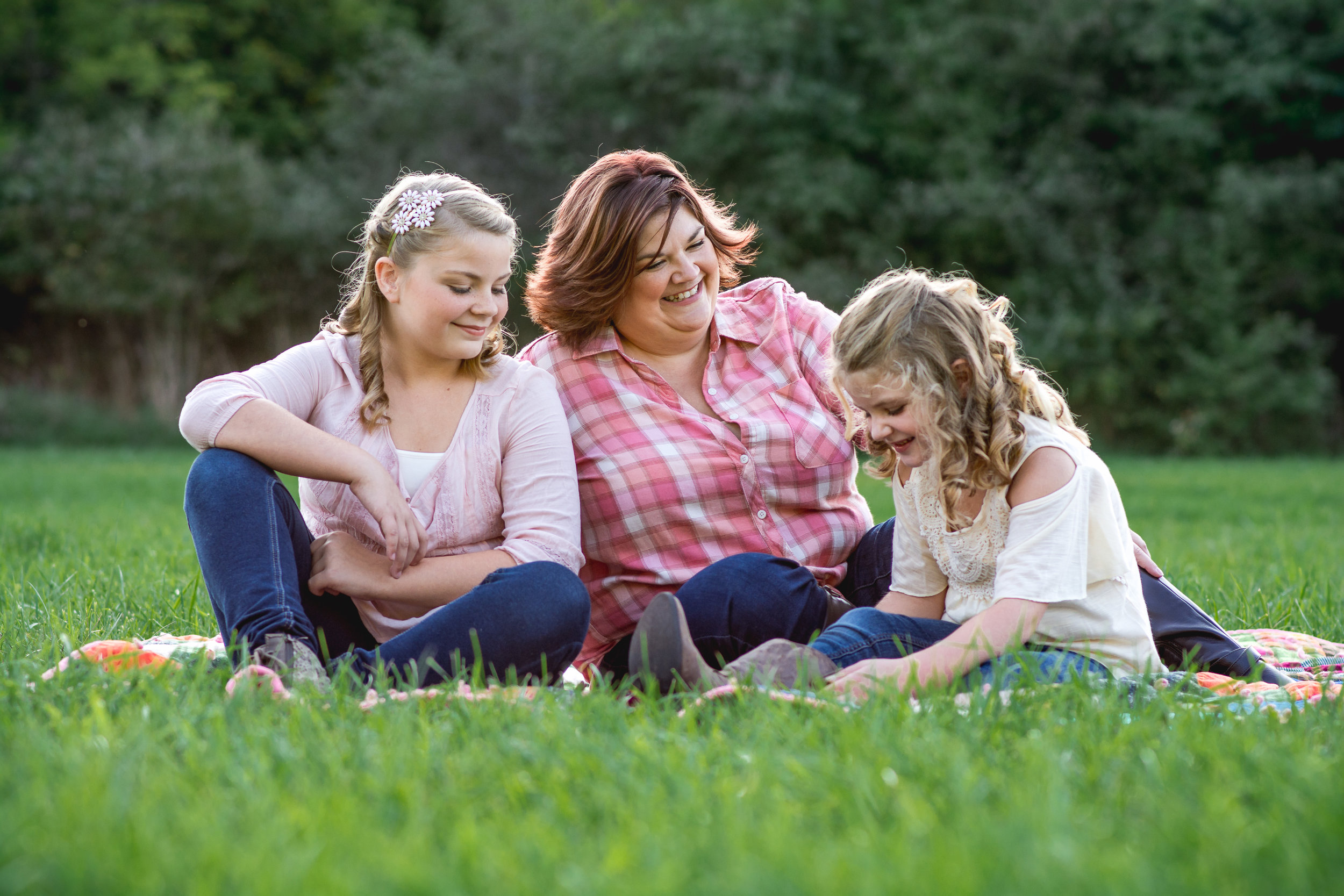 Springfield Ohio Lifestyle Family Photographer | Amanda Noel Photography | sunset mother daughter session