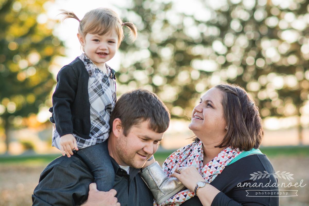 Springfield Lifestyle Family Photographer Amanda Noel Photography