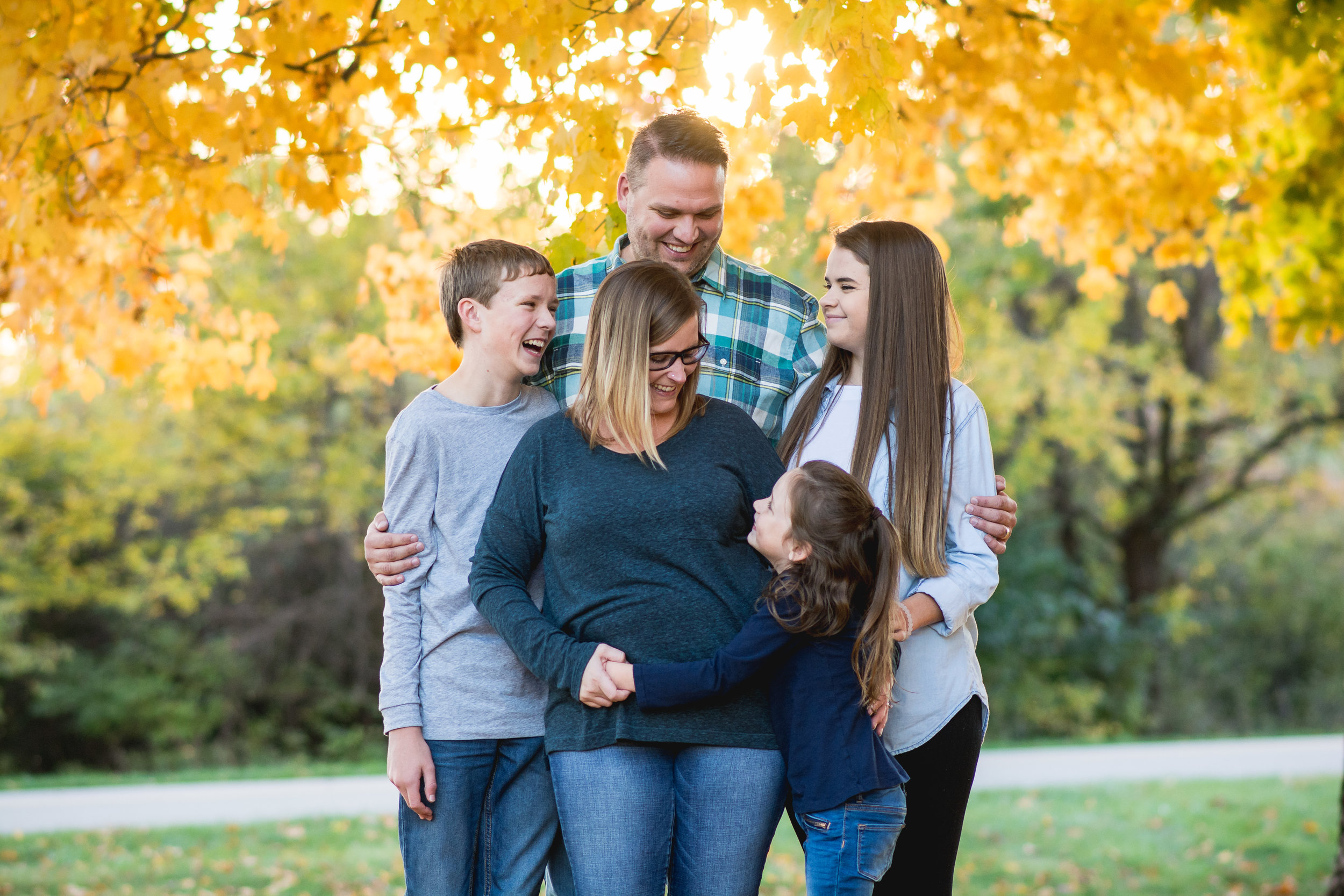 Springfield Ohio Family Photographer | Amanda Noel Photography | Lifestyle fall beach session
