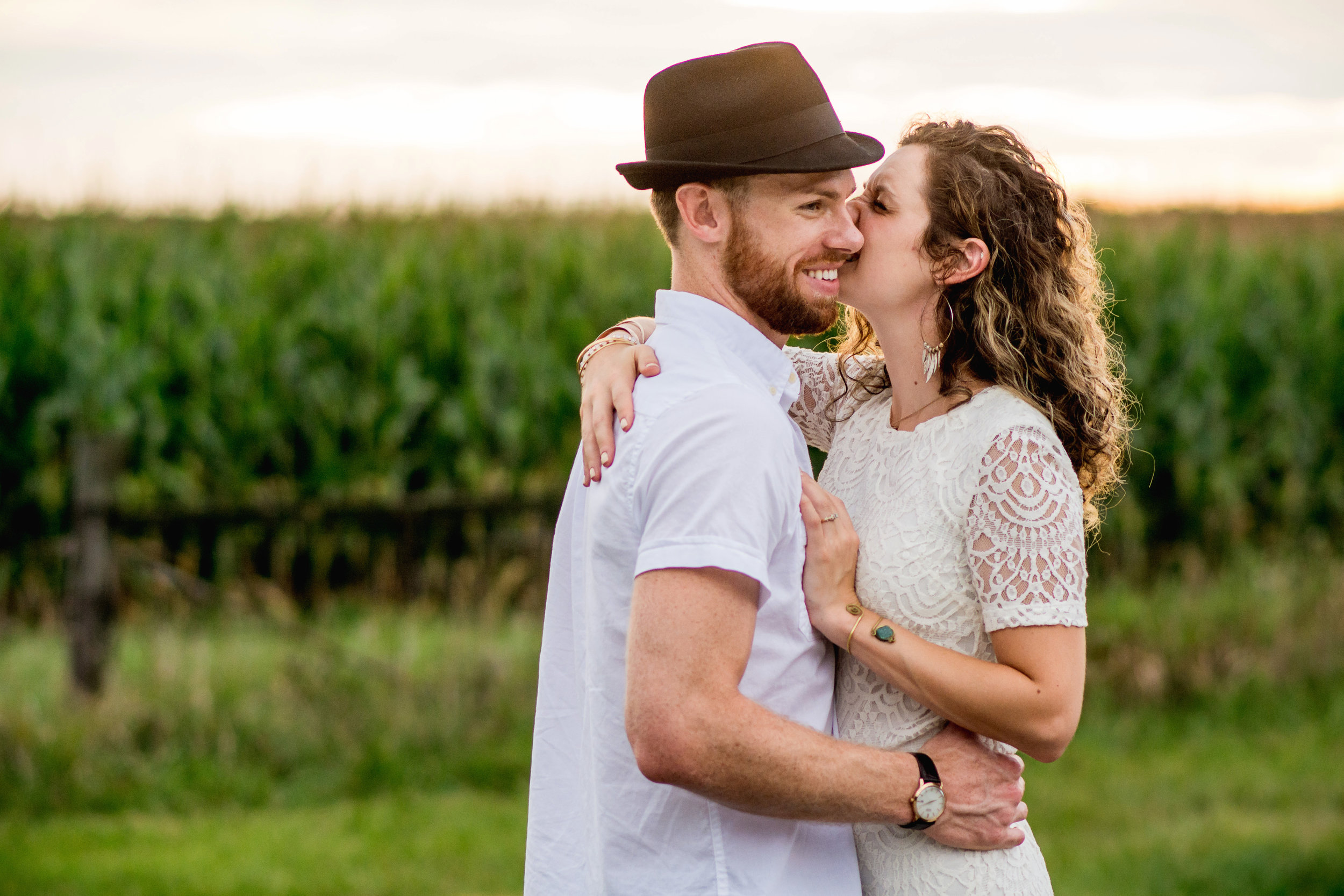 Columbus Ohio Wedding Photographer | Sunset engagement session