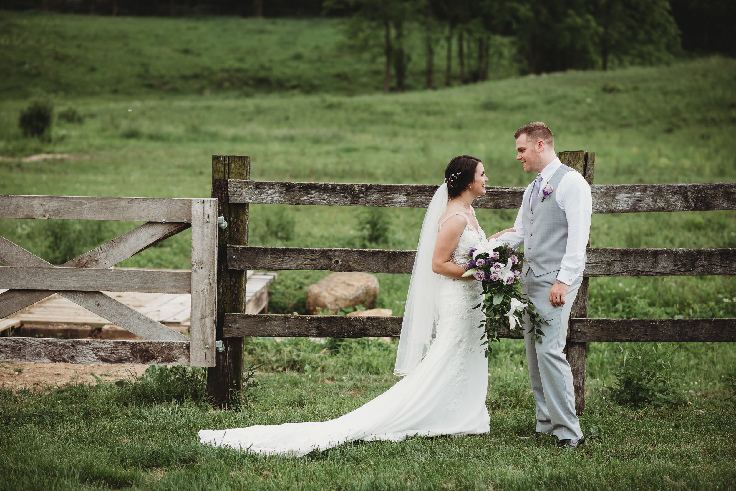 Columbus-Ohio-wedding-photographer-spring-wedding-on-the-farm-2018-423.jpg