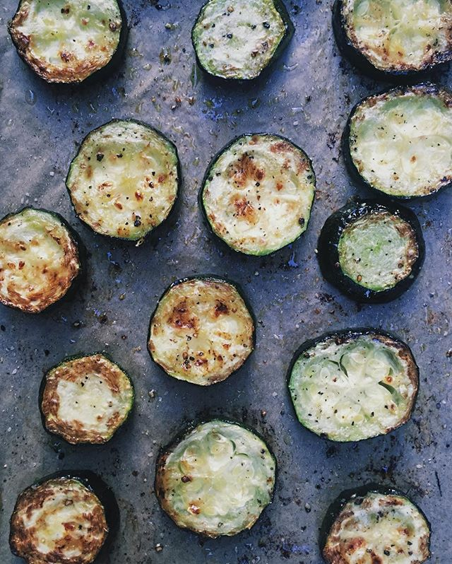 Roasted organic zucchini with olive oil, salt and pepper, thanks to our friends' home garden. #realfoodism #zucchini #whole30 #organic #realfood #eatrealfood