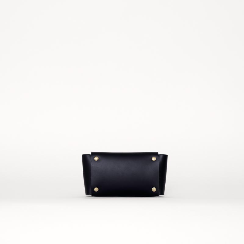 sq-wallet-black-back.jpg
