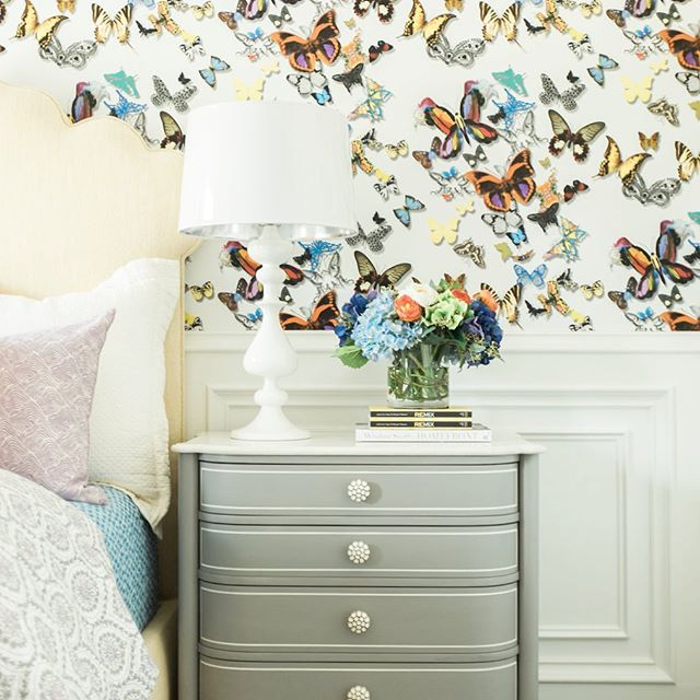 At the airport headed to Orlando and came across this pic of a little girls room I did in collaboration with @haciendachic I love that our client said yes to this colorful butterfly wallpaper that totally made the room! We love brave clients that aren't afraid of making a bold statement #tammytrylkointeriors #color
