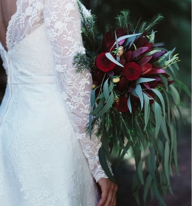 Vibrant miniature dahlia's, Leucadendron and gum.⠀⠀⠀⠀⠀⠀⠀⠀⠀ ⠀⠀⠀⠀⠀⠀⠀⠀⠀ 📷 @niki_photography_weddings I H&M @_rachelsloan_ I Gown @designerbridalhouse I Flowers @studiogreenmelbourne ⠀⠀⠀⠀⠀⠀⠀⠀⠀ #melbournewedding #melbourneflorist #prestonflorist #leucadendron #dahlia #gum #weddingflowers