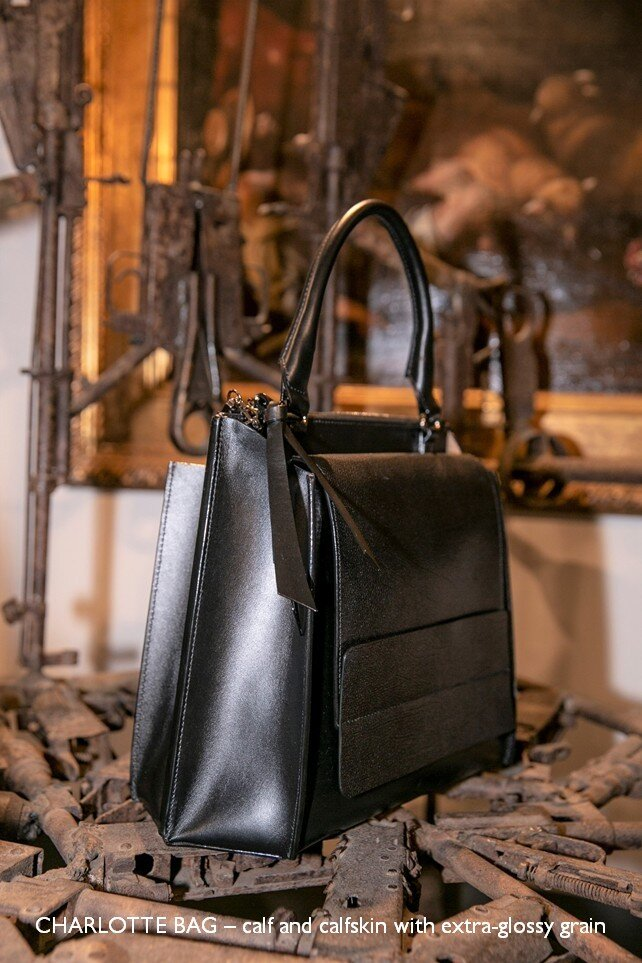 20 CHARLOTTE BAG – calf and calfskin with extra-glossy grain.jpg
