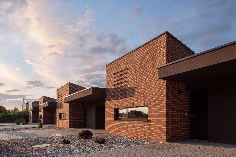 Terraced-House_NS_02.jpg