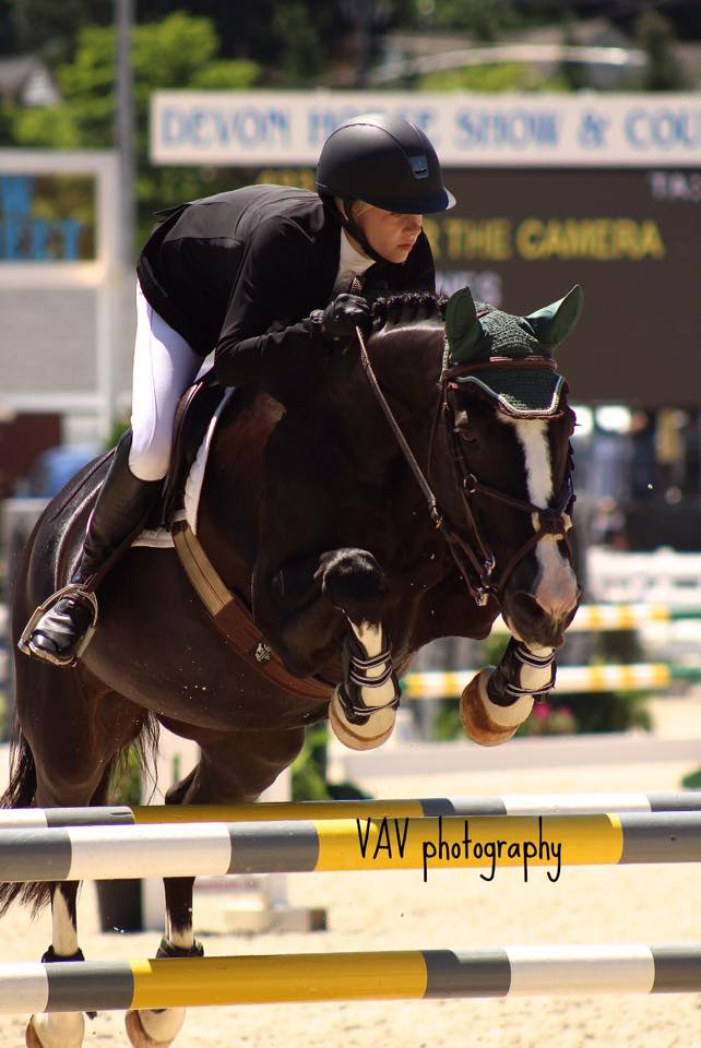 Claire Jones and Smile For The Camera (owned at this time by The Cover Farm LLC) at the 2015 Devon Horse Show