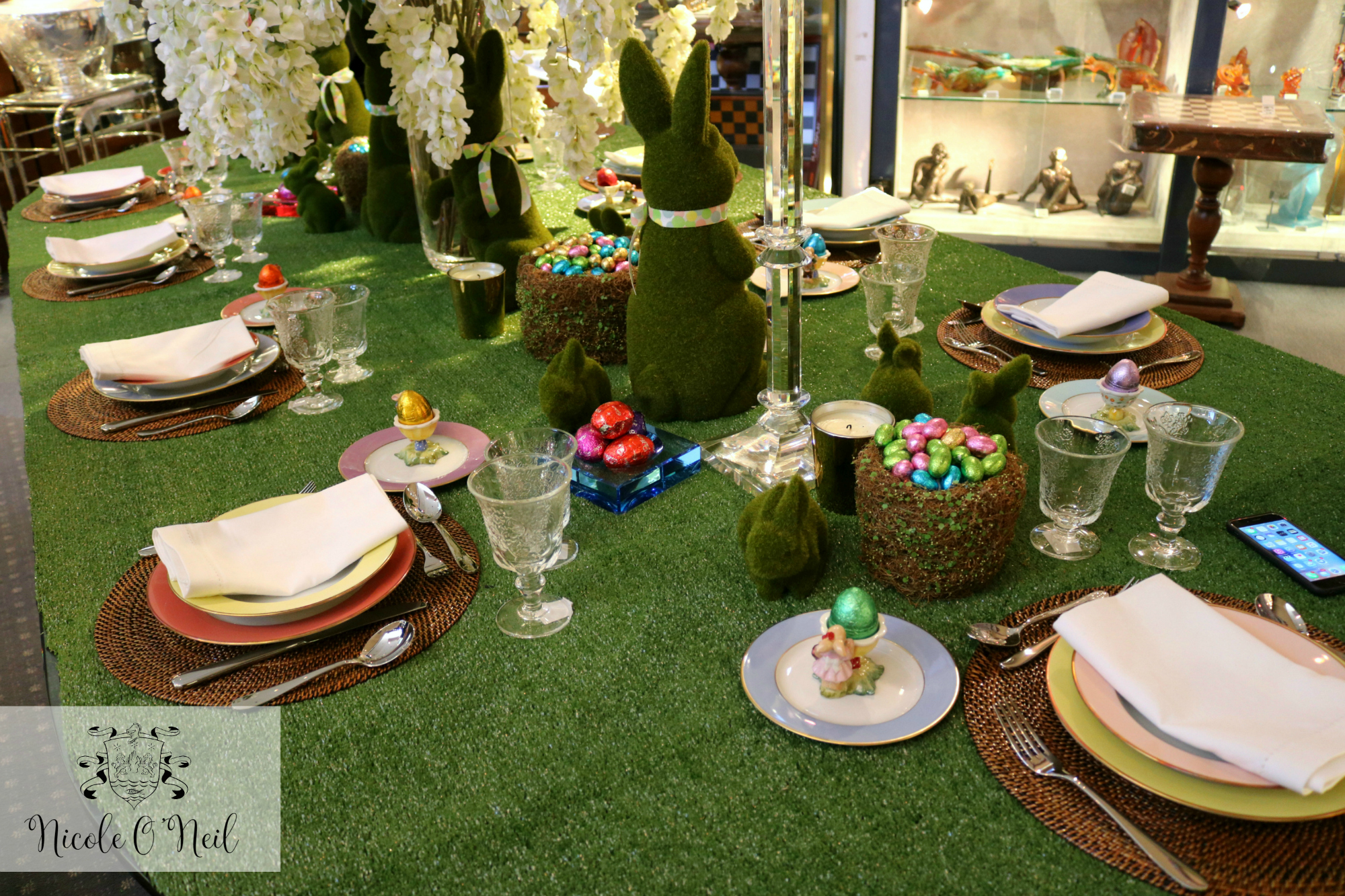 Easter Table Setting Inspiration - How to Decorate An Easter Table