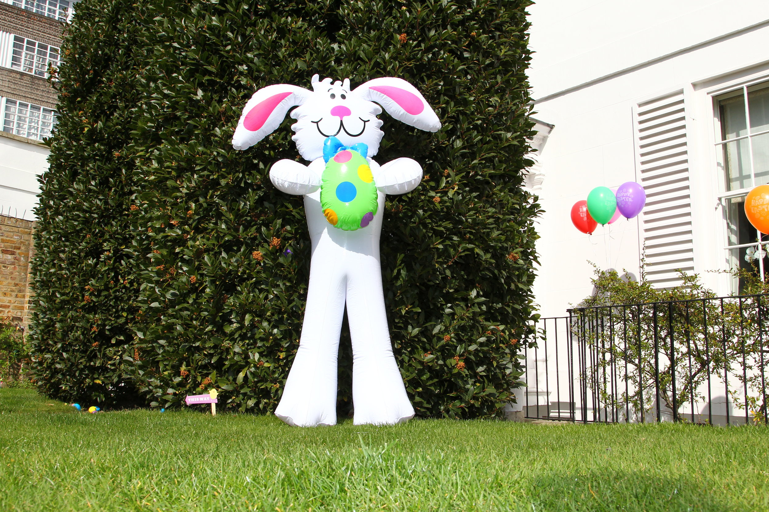 Easter Party Decorations (17).JPG