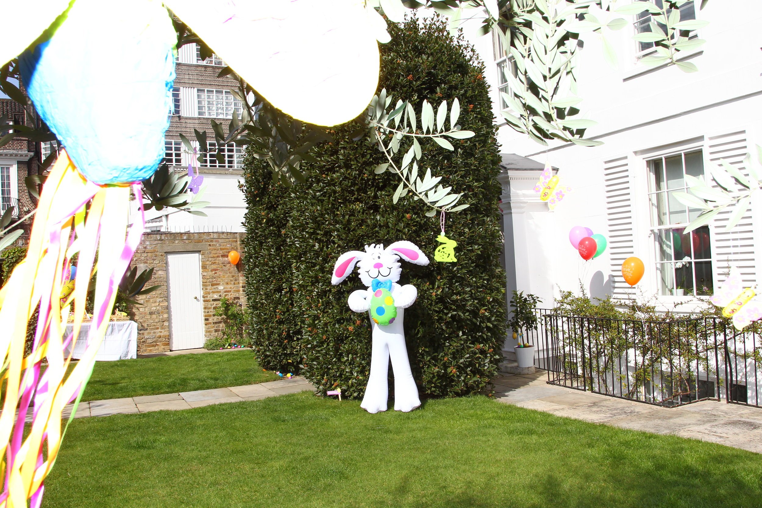 Easter Party Decorations (21).JPG
