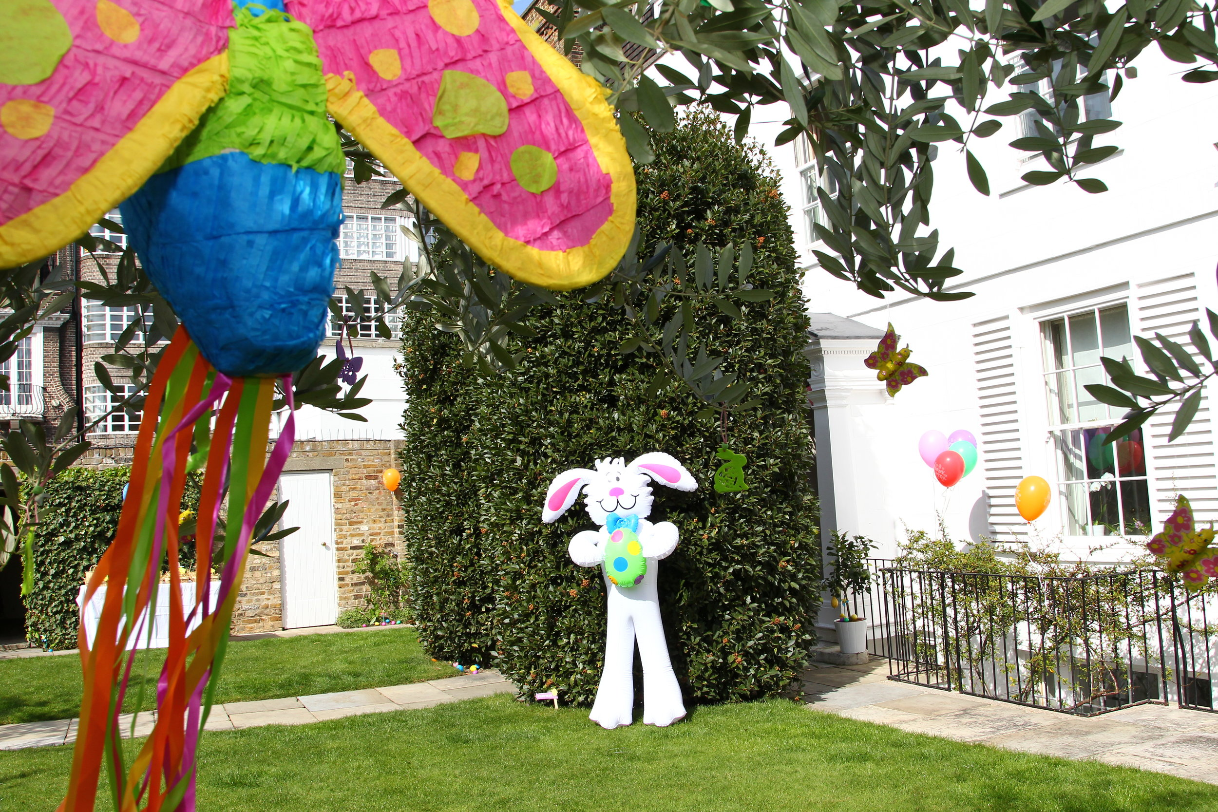 Easter Party Decorations (22).JPG