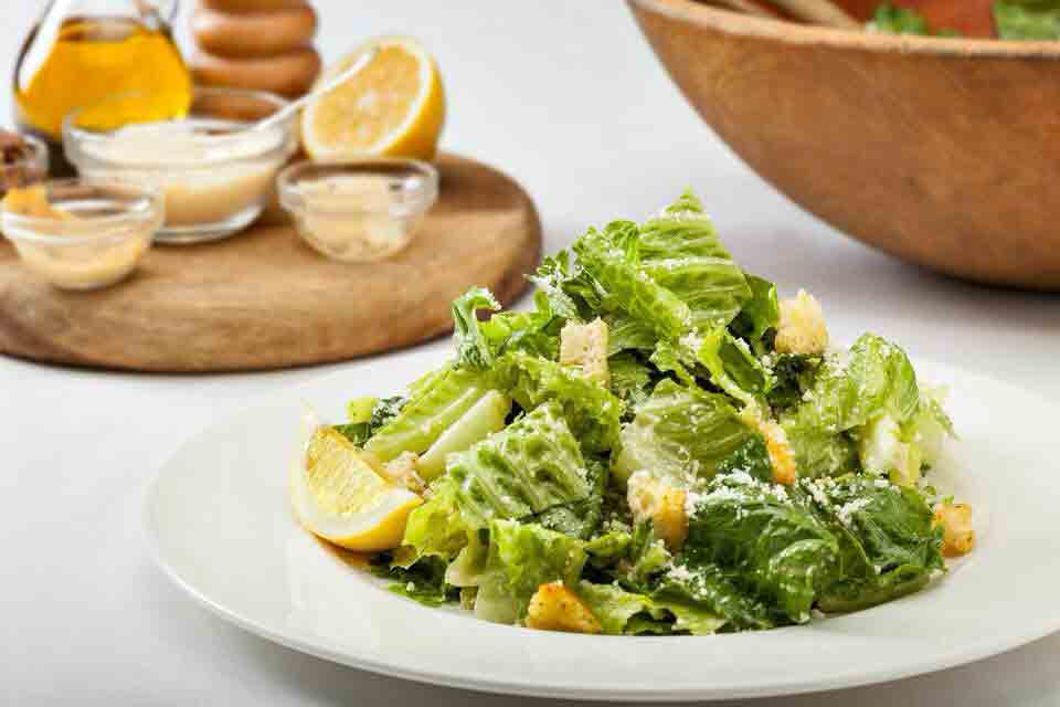 Top 5 Hawaii Must Eats - HY's Steakhouse Caesar Salad