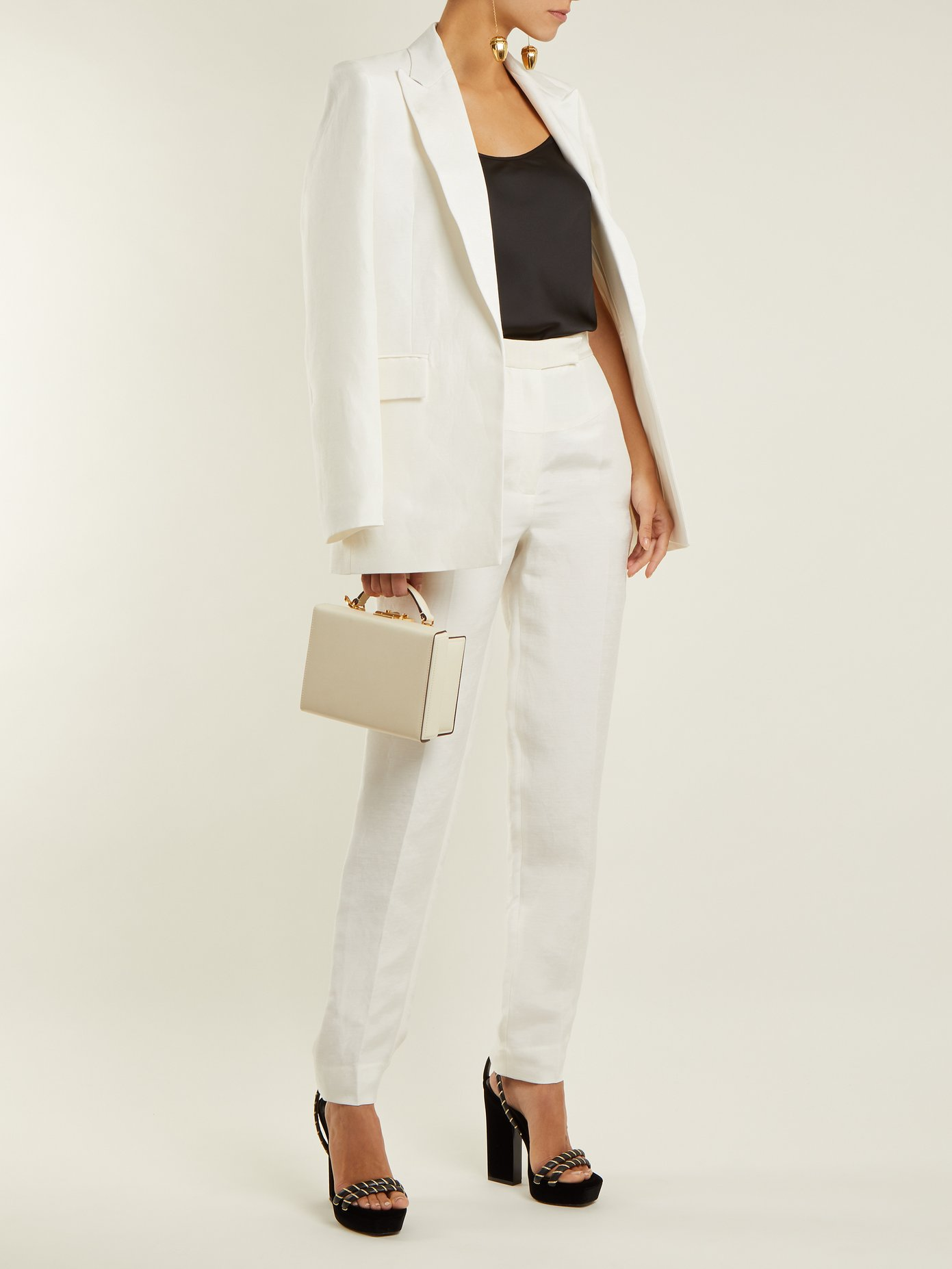 outfit_1200573_1.jpg