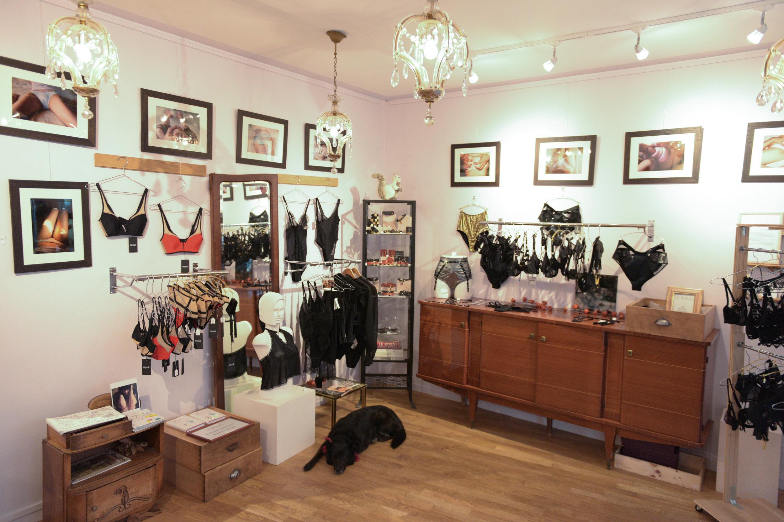boutique les rituelles 6 rue houdonCAL_3130.jpg