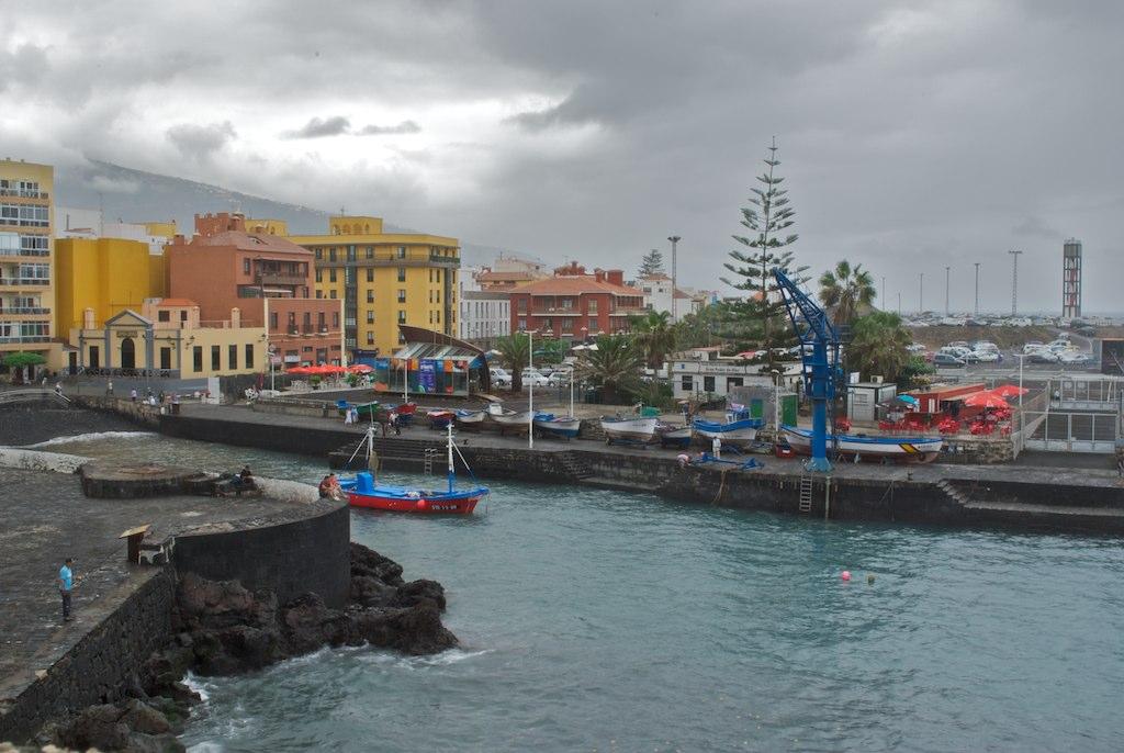 puerto-de-la-cruz-harbour_5120884934_o.jpg