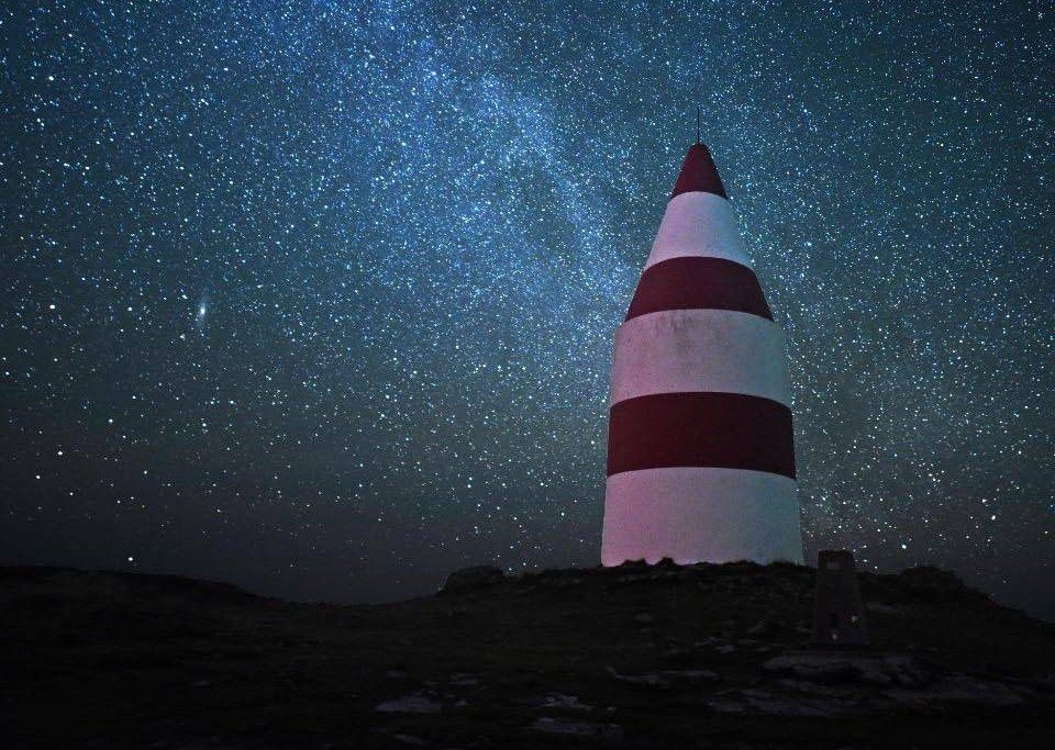 The Daymark on St Martin's at night. Image courtesy of Bruce Frank and COSMOS.